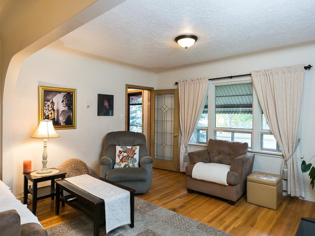 Photo 9: 2020 9 Avenue SE in Calgary: Inglewood House for sale : MLS® # C4138349