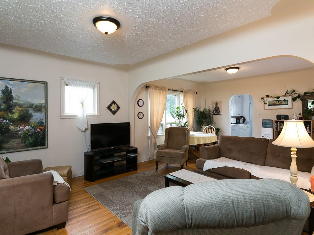 Photo 11: 2020 9 Avenue SE in Calgary: Inglewood House for sale : MLS® # C4138349