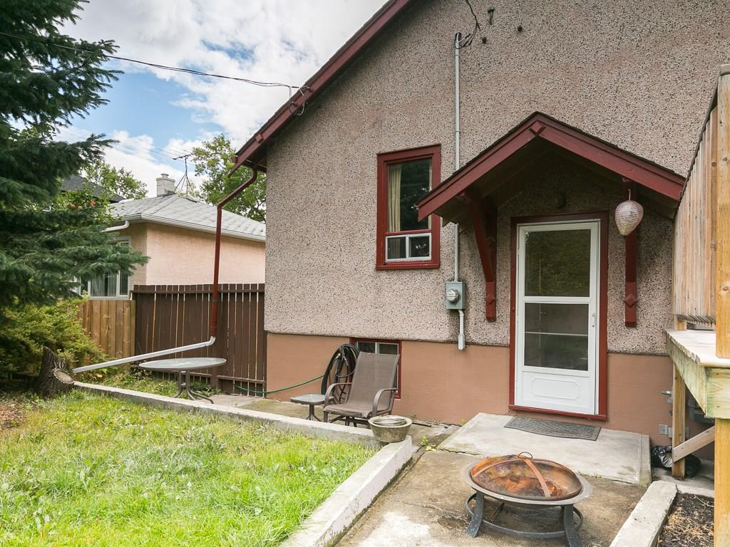 Photo 4: 2020 9 Avenue SE in Calgary: Inglewood House for sale : MLS® # C4138349