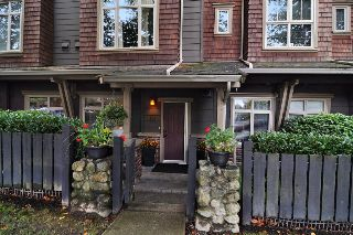 "Main Photo: 134 600 PARK Crescent in New Westminster: GlenBrooke North Townhouse for sale in ""ROYCROFT"" : MLS®# R2214614"
