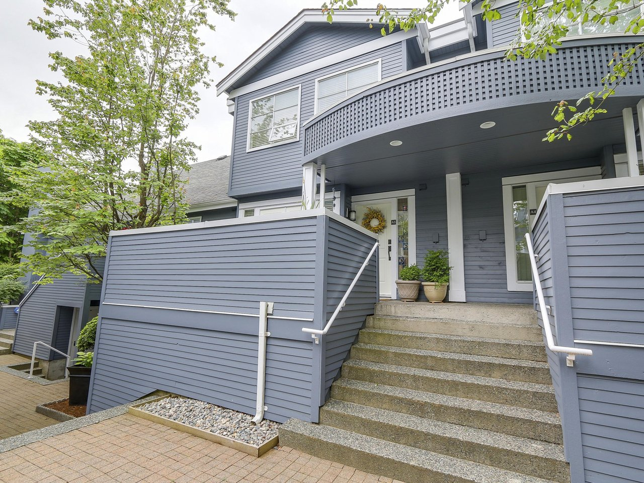 Main Photo: A3 240 W 16th Street in North Vancouver: Central Lonsdale Townhouse  : MLS® # R2178079