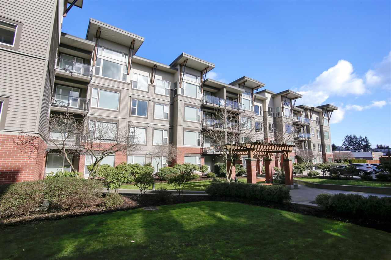 "Main Photo: 411 33538 MARSHALL Road in Abbotsford: Central Abbotsford Condo for sale in ""The Crossing"" : MLS® # R2245681"