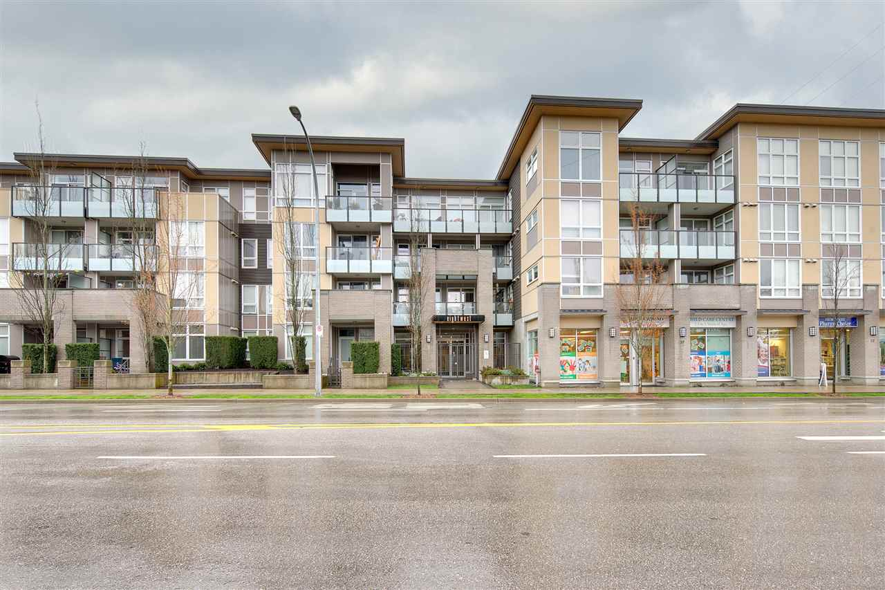 "Main Photo: 409 55 EIGHTH Avenue in New Westminster: GlenBrooke North Condo for sale in ""EIGHTWEST"" : MLS®# R2266553"