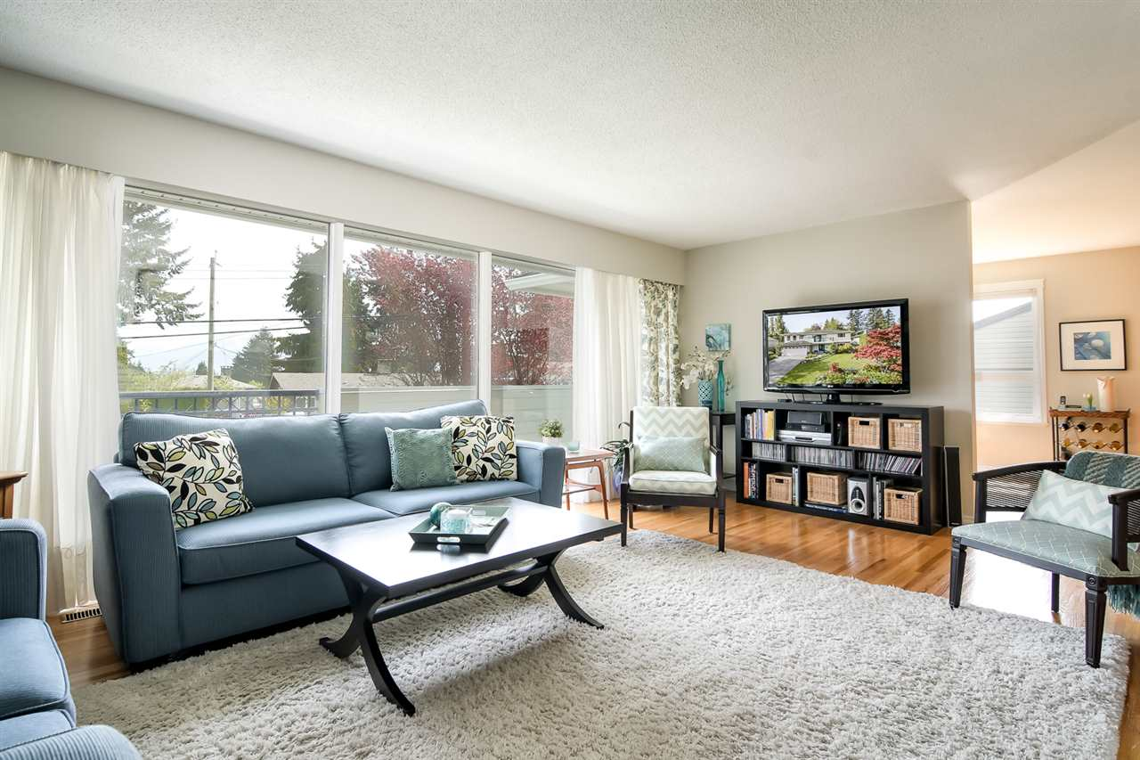 "Main Photo: 2144 AUDREY Drive in Port Coquitlam: Mary Hill House for sale in ""Mary Hill"" : MLS®# R2287535"