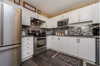 "Main Photo: 209 45520 KNIGHT Road in Sardis: Sardis West Vedder Rd Condo for sale in ""Morningside"" : MLS®# R2289980"