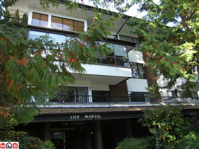 "Main Photo: 310 1319 MARTIN Street: White Rock Condo for sale in ""The Cedars"" (South Surrey White Rock)  : MLS® # F1127687"