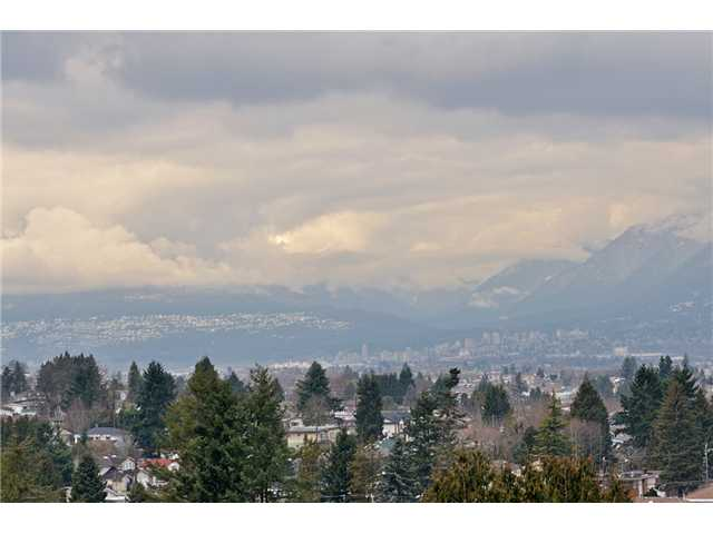 Photo 10: # 704 4160 SARDIS ST in Burnaby: Central Park BS Condo for sale (Burnaby South)  : MLS(r) # V934100