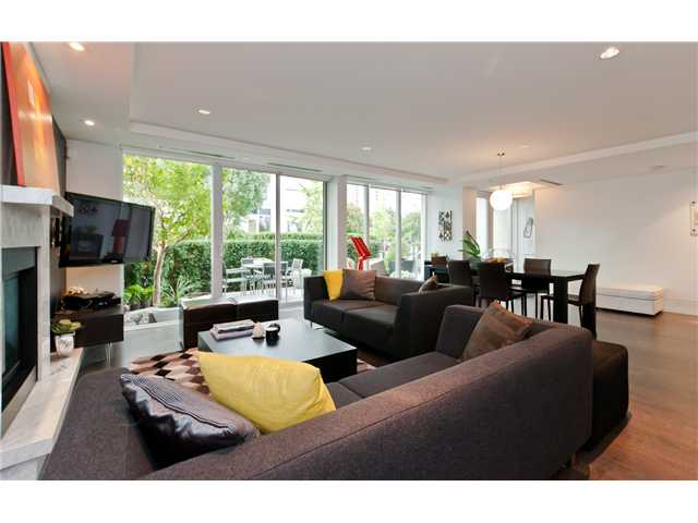 "Photo 3: 1510 HOMER ME in Vancouver: Yaletown Townhouse for sale in ""THE ERICKSON"" (Vancouver West)  : MLS® # V977494"