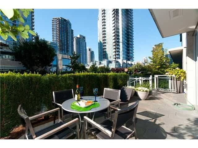 "Photo 9: 1510 HOMER ME in Vancouver: Yaletown Townhouse for sale in ""THE ERICKSON"" (Vancouver West)  : MLS® # V977494"