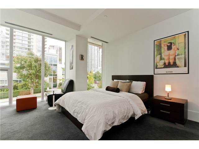 "Photo 7: 1510 HOMER ME in Vancouver: Yaletown Townhouse for sale in ""THE ERICKSON"" (Vancouver West)  : MLS® # V977494"