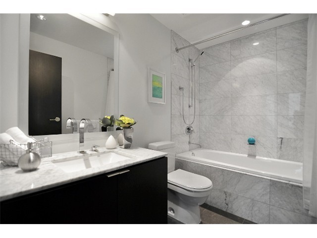 "Photo 8: 1510 HOMER ME in Vancouver: Yaletown Townhouse for sale in ""THE ERICKSON"" (Vancouver West)  : MLS® # V977494"