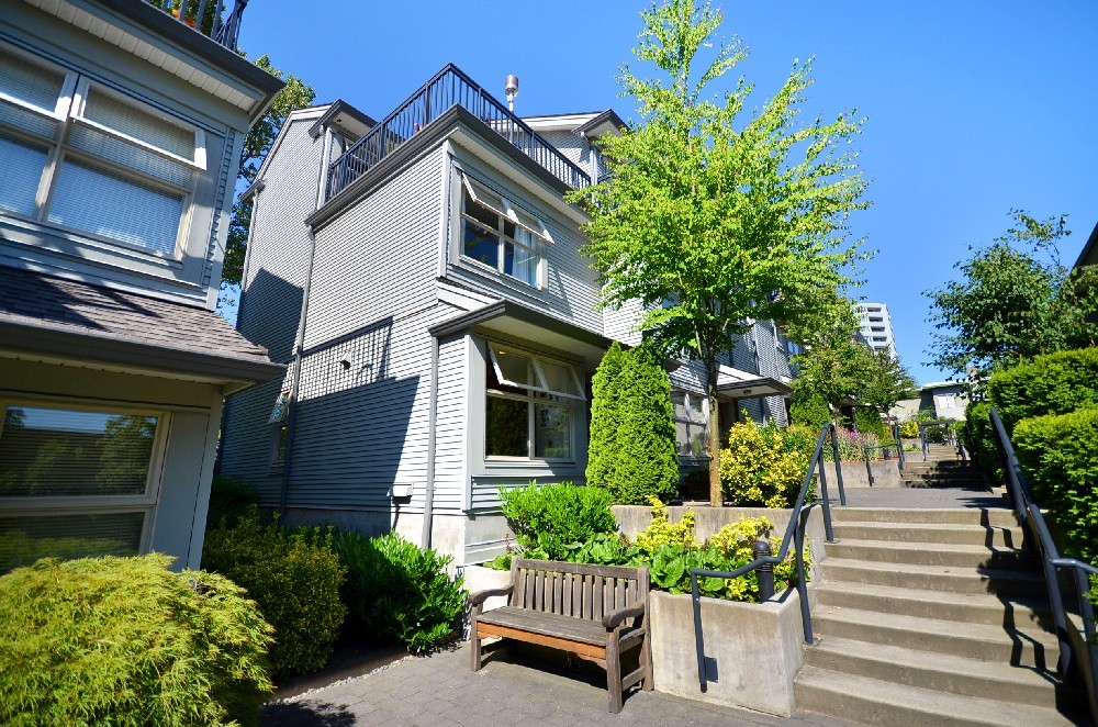Main Photo:  in Altura: Vancouver Heights Home for sale ()  : MLS® # V898357