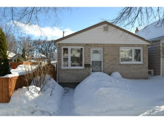 Main Photo: 428 Arnold Avenue in WINNIPEG: Fort Rouge Residential for sale (South Winnipeg)  : MLS® # 1403604