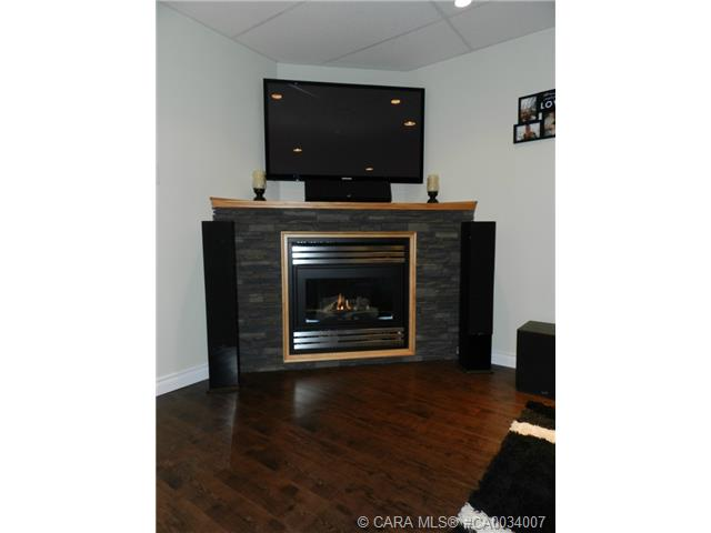Photo 14: 5223 Lawton Avenue in Blackfalds: BS Downtown Residential for sale : MLS® # CA0034007