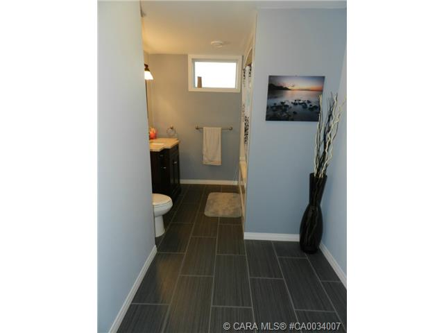 Photo 18: 5223 Lawton Avenue in Blackfalds: BS Downtown Residential for sale : MLS® # CA0034007
