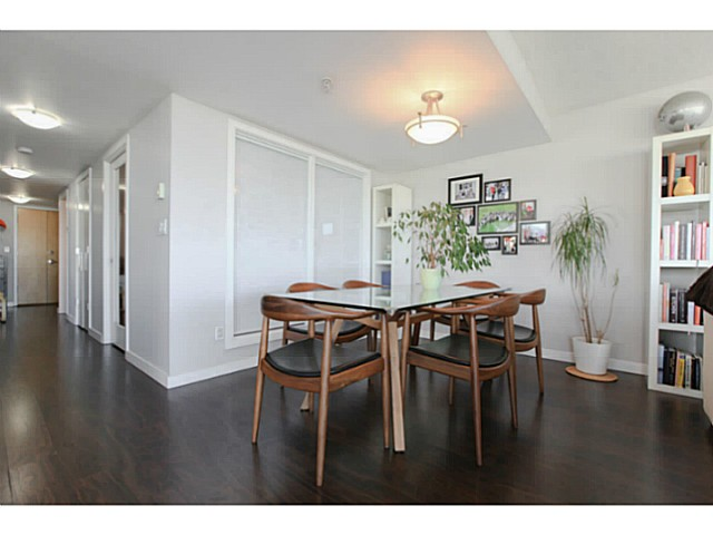 "Photo 12: 2206 120 MILROSS Avenue in Vancouver: Mount Pleasant VE Condo for sale in ""THE BRIGHTON"" (Vancouver East)  : MLS® # V1108623"