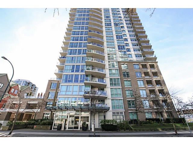 "Photo 20: 2206 120 MILROSS Avenue in Vancouver: Mount Pleasant VE Condo for sale in ""THE BRIGHTON"" (Vancouver East)  : MLS® # V1108623"