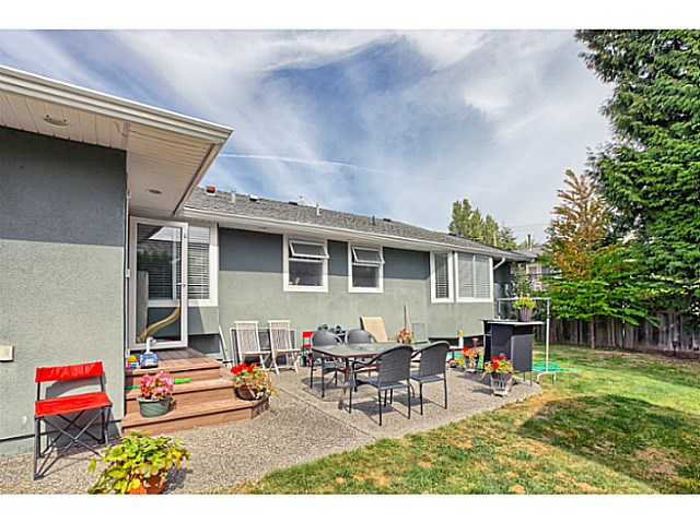 "Photo 19: 1241 MALVERN Place in Tsawwassen: Cliff Drive House for sale in ""CLIFF DRIVE"" : MLS® # V1140887"