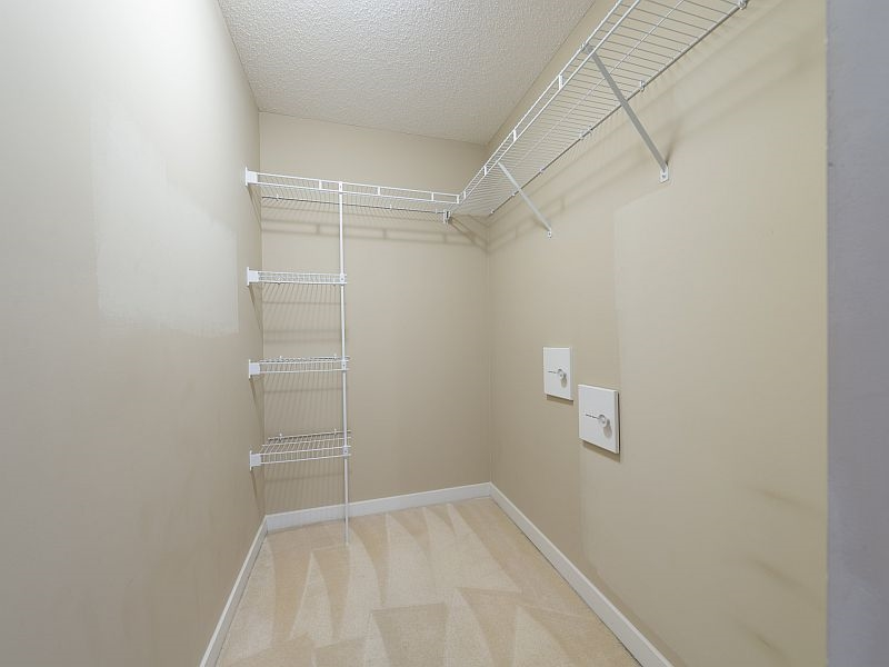 "Photo 8: 102 9199 TOMICKI Avenue in Richmond: West Cambie Condo for sale in ""MERIDIAN GATE"" : MLS(r) # R2006928"