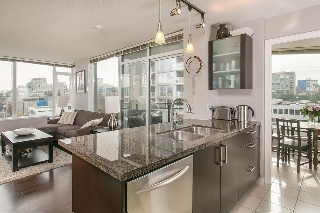 "Main Photo: 901 1650 W 7TH Avenue in Vancouver: Fairview VW Condo for sale in ""VIRTU"" (Vancouver West)  : MLS(r) # R2016721"