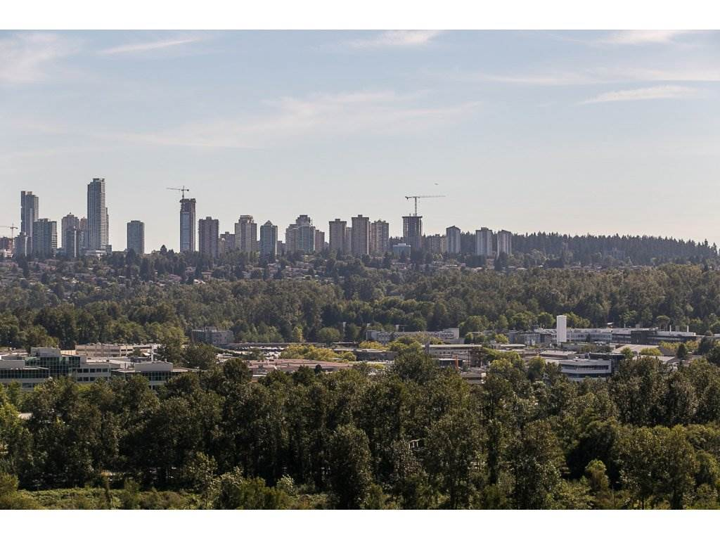 "Main Photo: 2309 2133 DOUGLAS Road in Burnaby: Brentwood Park Condo for sale in ""PERSPECTIVES"" (Burnaby North)  : MLS®# R2096679"