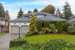 Main Photo: 12219 S BOUNDARY Drive in Surrey: Panorama Ridge House for sale : MLS®# R2116147