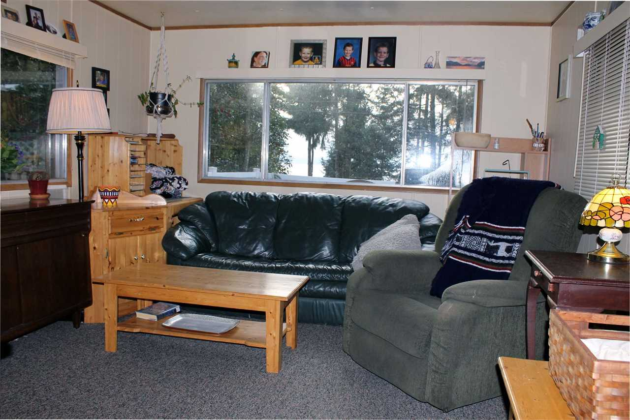 Photo 4: Photos: #19 5288 SELMA PARK Road in Sechelt: Sechelt District Manufactured Home for sale (Sunshine Coast)  : MLS® # R2144147