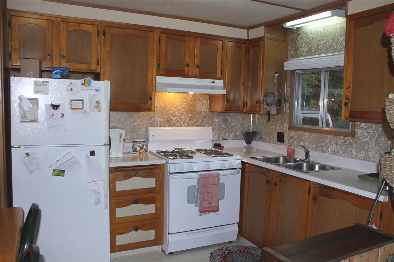 Photo 3: Photos: #19 5288 SELMA PARK Road in Sechelt: Sechelt District Manufactured Home for sale (Sunshine Coast)  : MLS® # R2144147