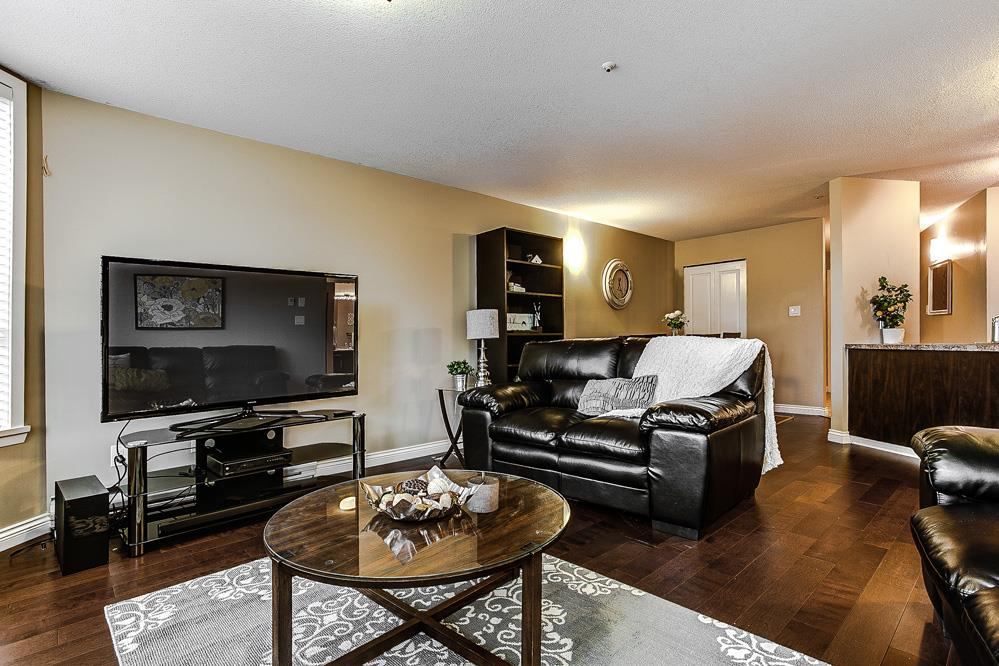Photo 7: 114 11595 FRASER Street in Maple Ridge: East Central Condo for sale : MLS® # R2146749