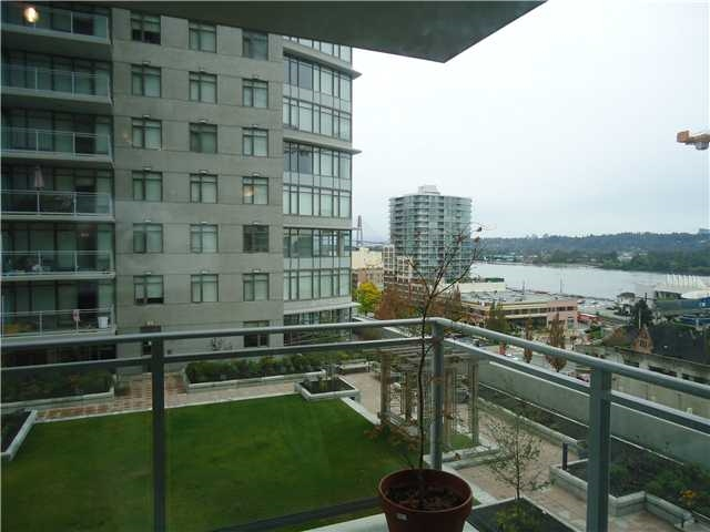 "Main Photo: 1103 892 CARNARVON Street in New Westminster: Downtown NW Condo for sale in ""AZURE II"" : MLS® # R2147903"
