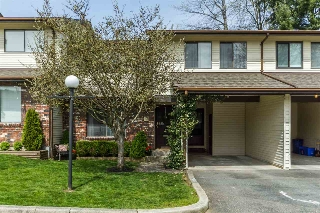 "Main Photo: 13 33951 MARSHALL Road in Abbotsford: Central Abbotsford Townhouse for sale in ""Arrow Wood"" : MLS®# R2162342"