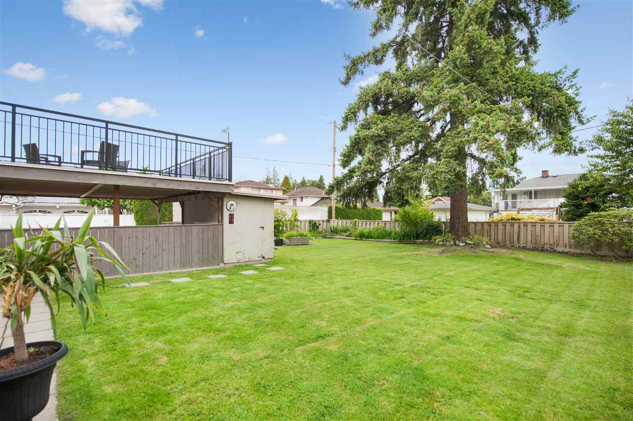 Photo 12: 6743 BURFORD Street in Burnaby: Upper Deer Lake House for sale (Burnaby South)  : MLS(r) # R2179131