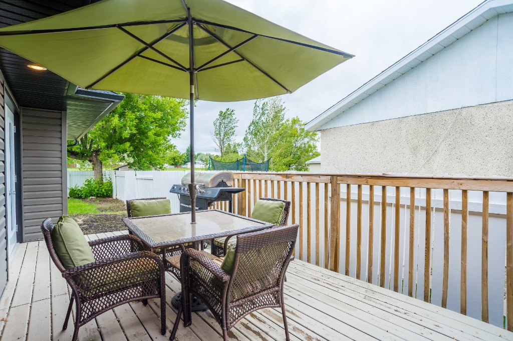 Photo 40: 633 Douglas Crescent in Saskatoon: Confederation Park Residential for sale : MLS(r) # SK615117
