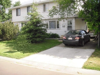 Main Photo: 15205 105 Avenue in Edmonton: Zone 21 House Half Duplex for sale : MLS® # E4075921
