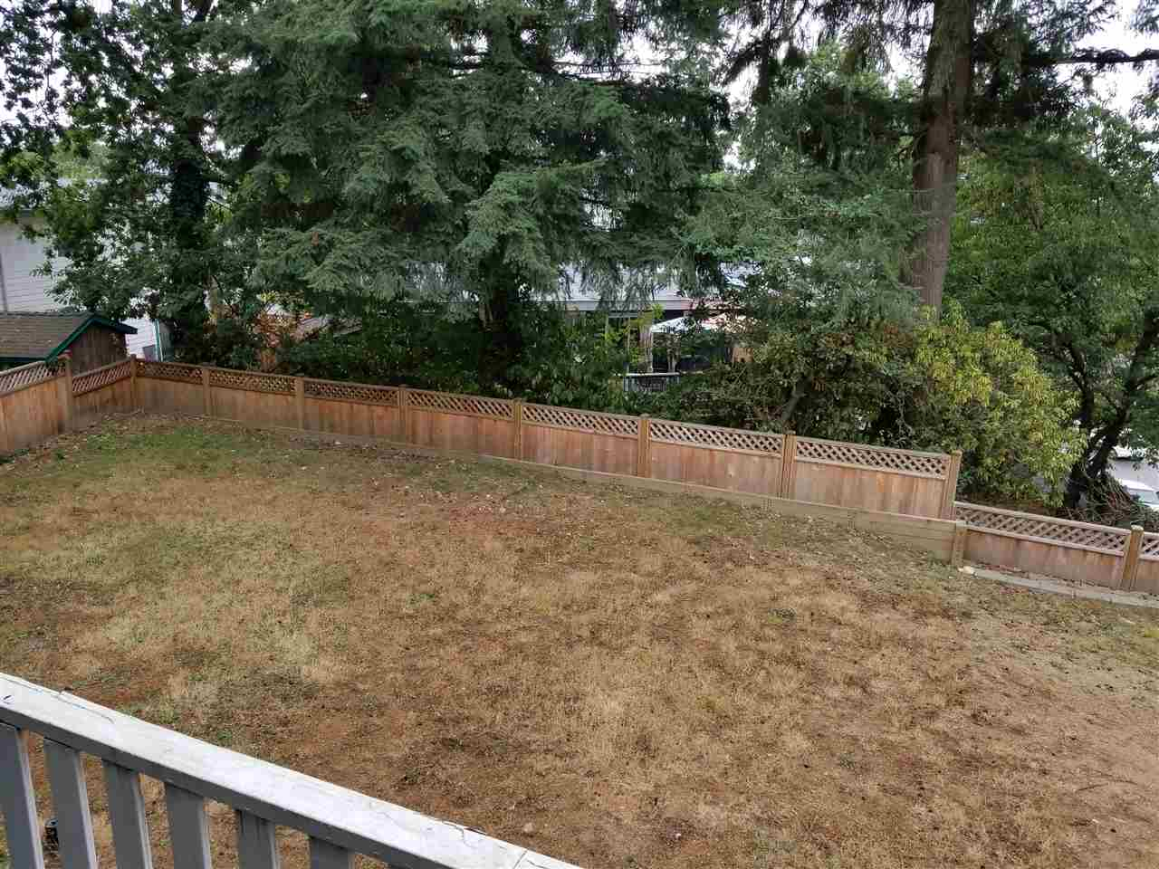 Photo 17: 2030 HILLSIDE Avenue in Coquitlam: Cape Horn House for sale : MLS® # R2205351
