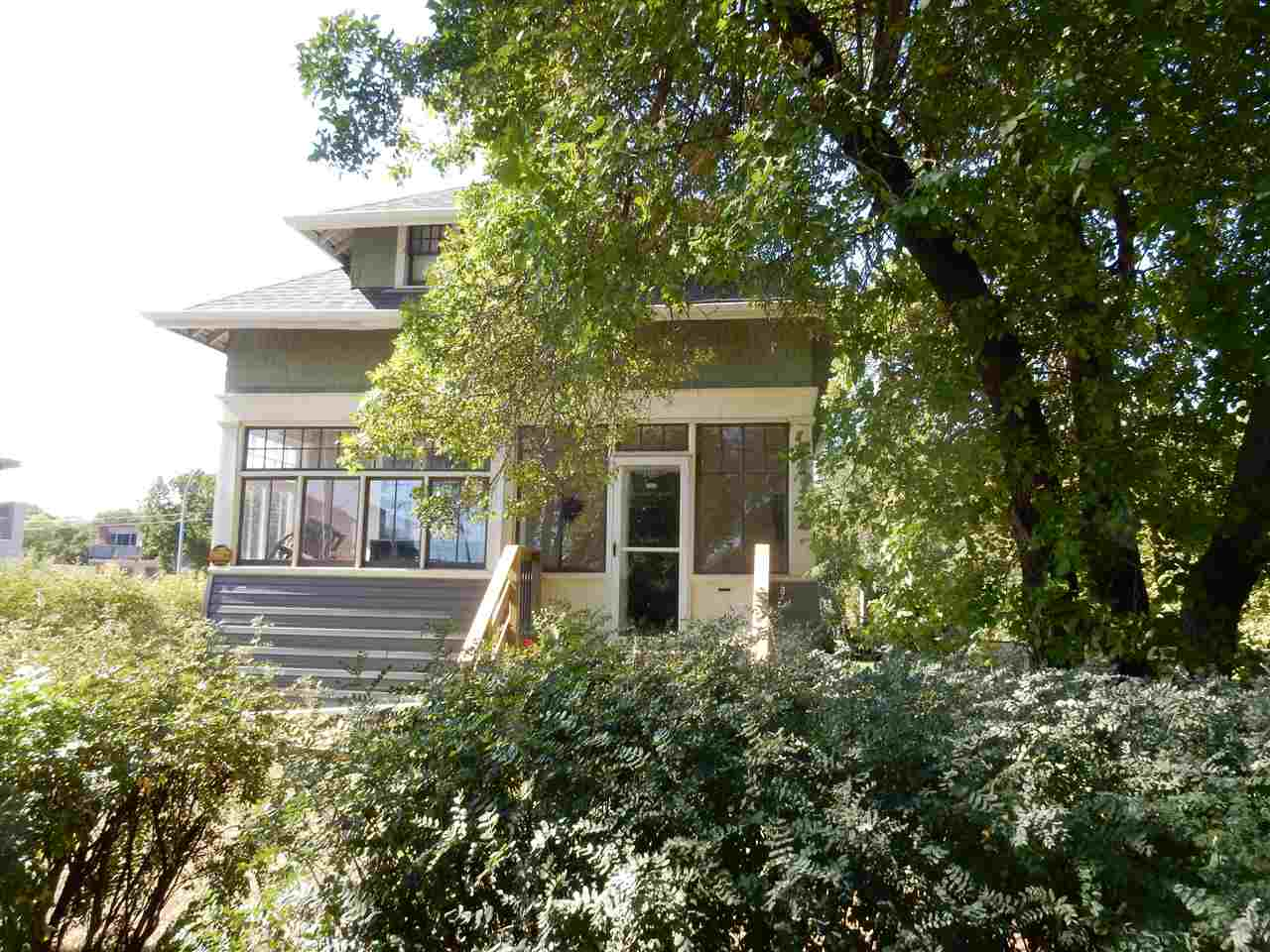 Main Photo: 11102 125 Street in Edmonton: Zone 07 House for sale : MLS® # E4085122