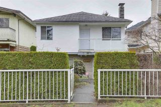 "Main Photo: 8377 LAUREL Street in Vancouver: Marpole House for sale in ""MARPOLE"" (Vancouver West)  : MLS® # R2239238"