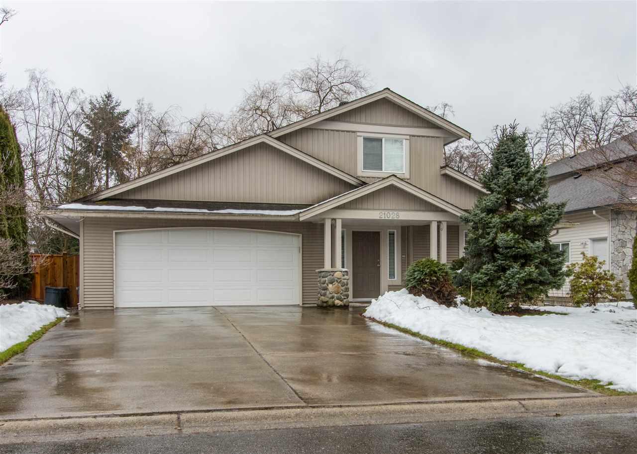 21028 Barker Avenue In Maple Ridge Southwest Maple Ridge House For