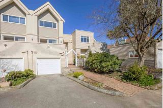 "Main Photo: 5 5635 LADNER TRUNK Road in Ladner: Hawthorne Townhouse for sale in ""OAKDALE GARDENS"" : MLS® # R2248559"
