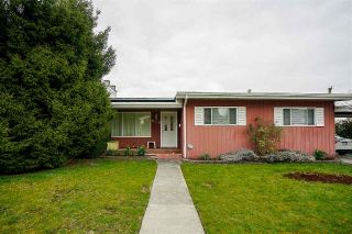 "Main Photo: 915 LEE Street in New Westminster: The Heights NW House for sale in ""THE HEIGHTS"" : MLS® # R2249864"