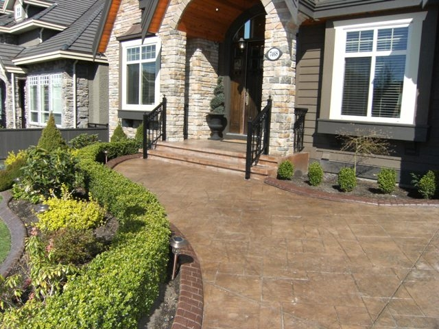 "Photo 31: 7468 149TH Street in Surrey: East Newton House for sale in ""CHIMNEY"" : MLS® # F1110344"