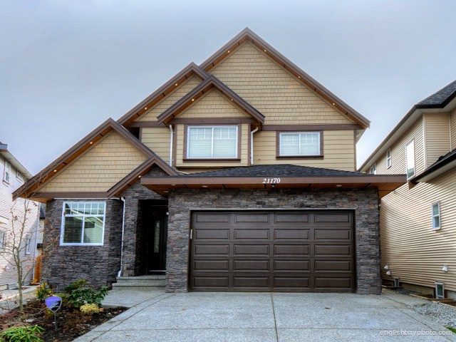 Main Photo: 21170 77B Avenue in Langley: Willoughby Heights House for sale : MLS® # F1226943