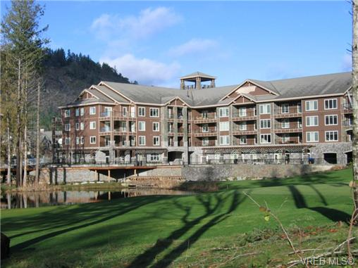 Main Photo: 305 1325 Bear Mountain Parkway in VICTORIA: La Bear Mountain Condo Apartment for sale (Langford)  : MLS® # 339048