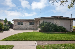Main Photo: CLAIREMONT House for sale : 4 bedrooms : 4503 Limerick Way in San Diego
