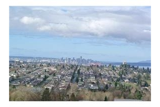Main Photo: 58 N HYTHE Avenue in Burnaby: Capitol Hill BN House for sale (Burnaby North)  : MLS(r) # R2026027