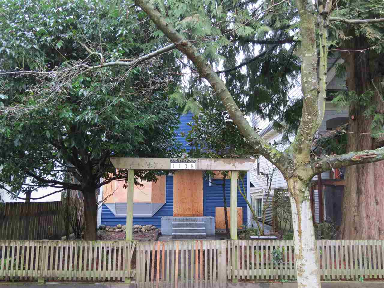 Main Photo: 1138 LILY Street in Vancouver: Grandview VE House for sale (Vancouver East)  : MLS® # R2035190
