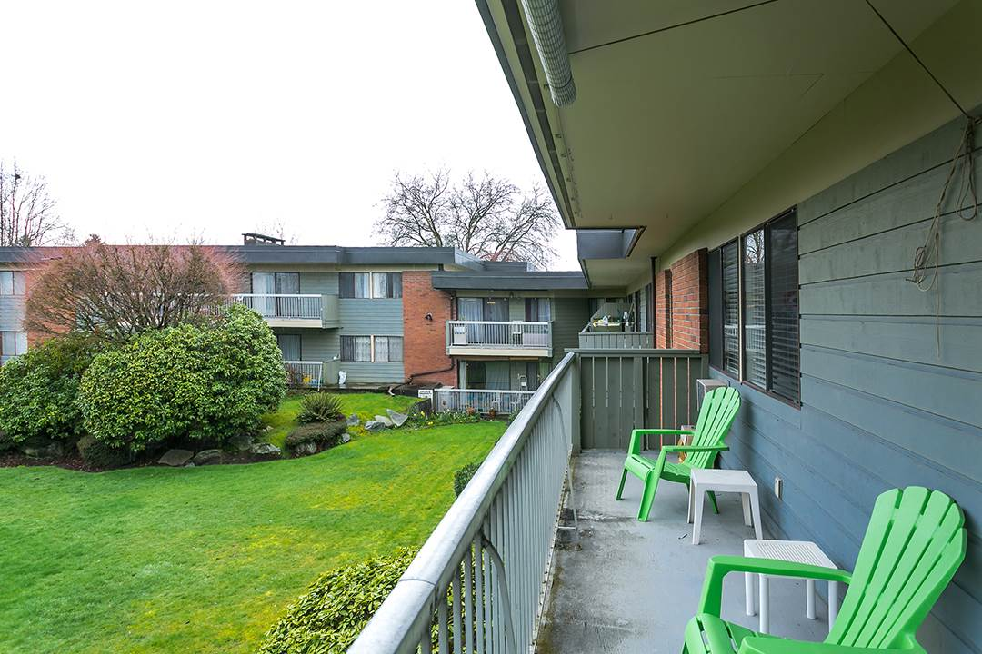 "Photo 14: 216 2600 E 49TH Avenue in Vancouver: Killarney VE Condo for sale in ""SOUTHWINDS"" (Vancouver East)  : MLS® # R2043761"