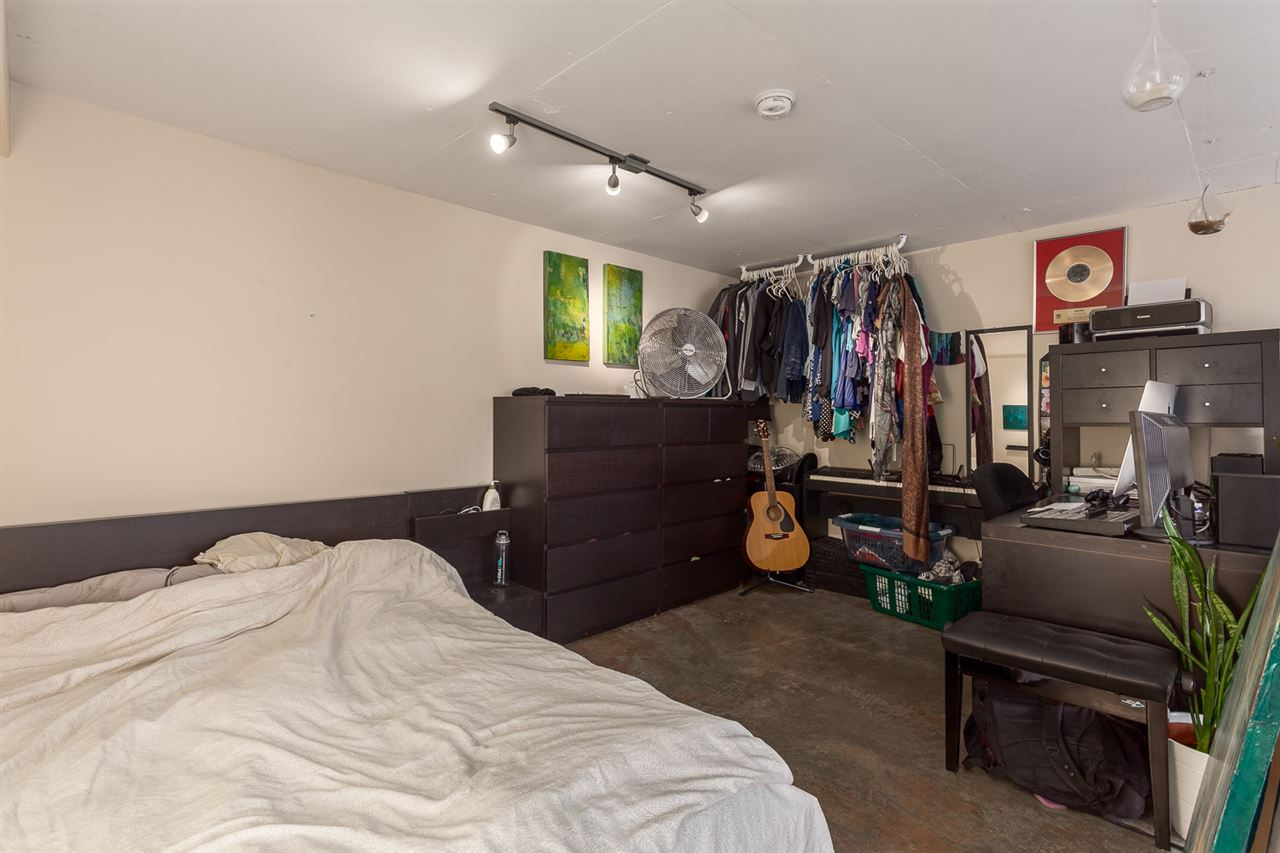 "Photo 9: 307 1 E CORDOVA Street in Vancouver: Downtown VE Condo for sale in ""CARRALL STATION"" (Vancouver East)  : MLS® # R2143894"