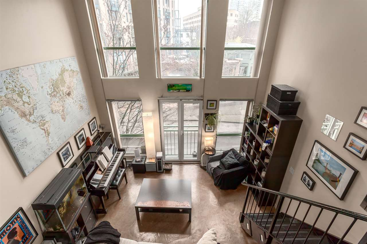 "Photo 7: 307 1 E CORDOVA Street in Vancouver: Downtown VE Condo for sale in ""CARRALL STATION"" (Vancouver East)  : MLS® # R2143894"