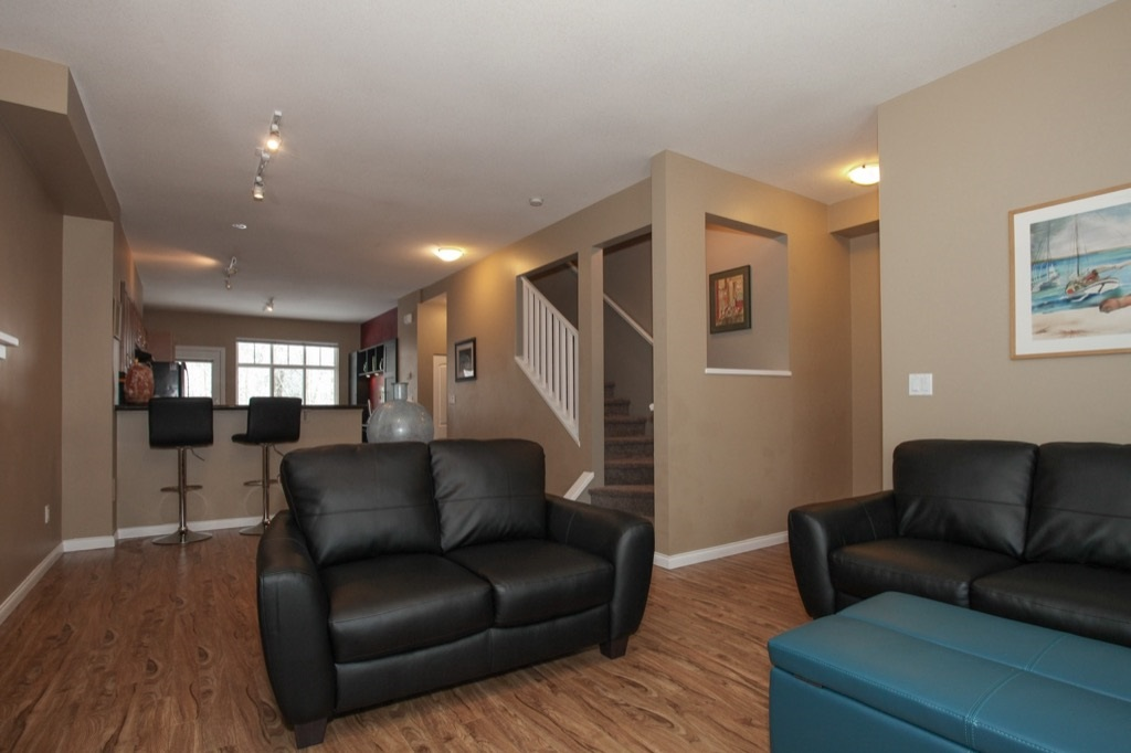 "Photo 6: 69 19455 65 Avenue in Surrey: Clayton Townhouse for sale in ""TWO BLUE"" (Cloverdale)  : MLS(r) # R2144536"